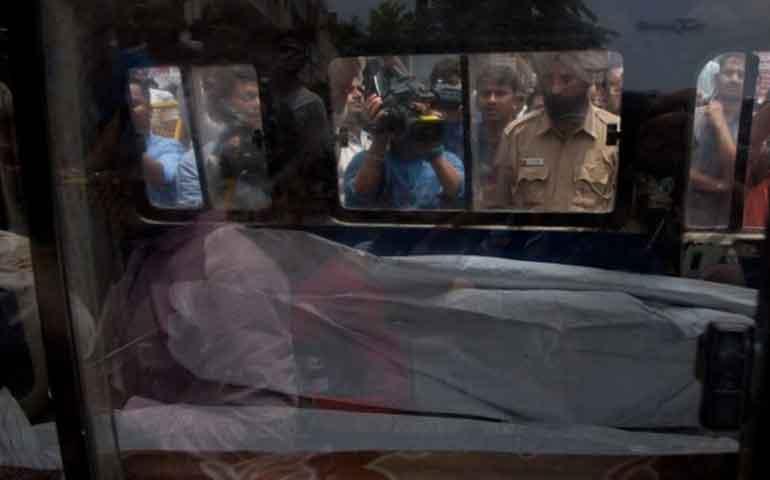 hallan-11-cadaveres-dentro-de-una-casa-en-india