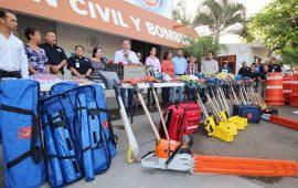 historica-inversion-en-equipamiento-entrega-jaime-cuevas-a-proteccion-civil