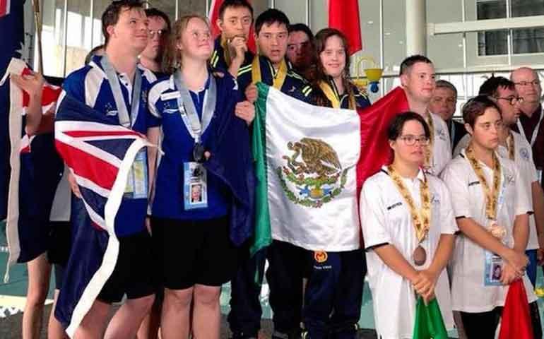nadadores-mexicanos-triunfan-en-el-mundial-de-natacion-con-sindrome-de-down