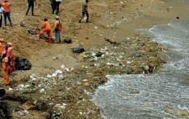 ola-gigante-de-basura-llega-a-las-playas-de-santo-domingo