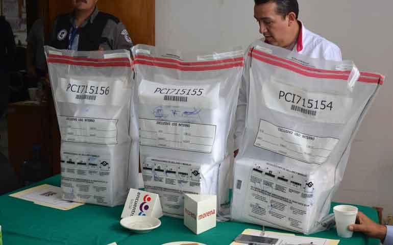 reanuda-ine-entrega-de-credenciales-electorales