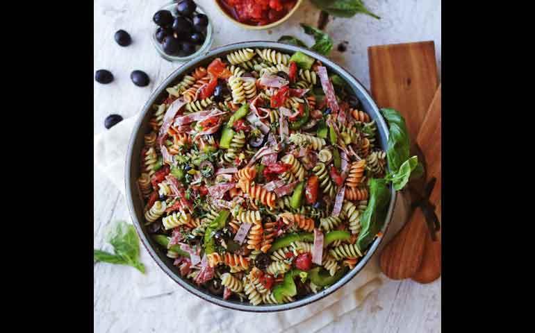 ensalada-mediterranea-con-pasta