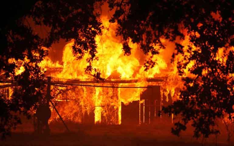 incendio-en-california-devora-miles-de-viviendas