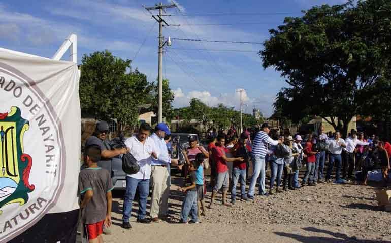 continua-apoyo-de-congreso-a-familias-afectadas-por-inundaciones