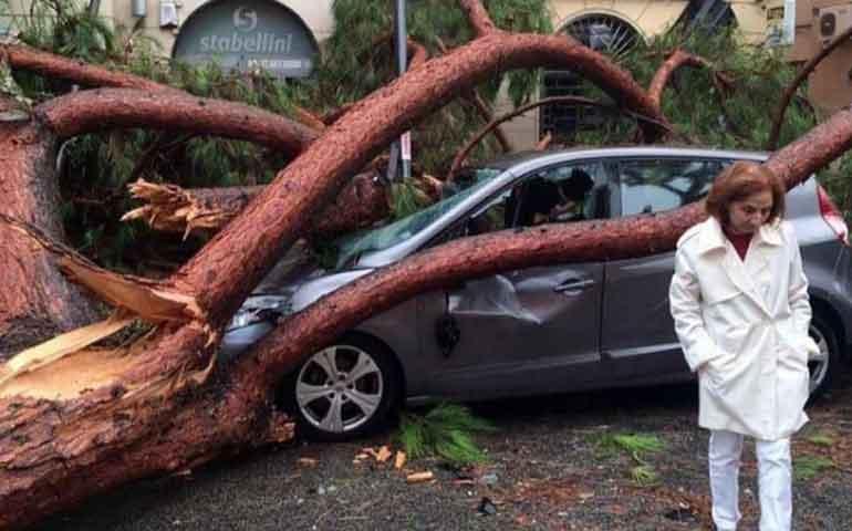 desastre-en-roma-tras-fuertes-lluvias-reportan-6-muertos