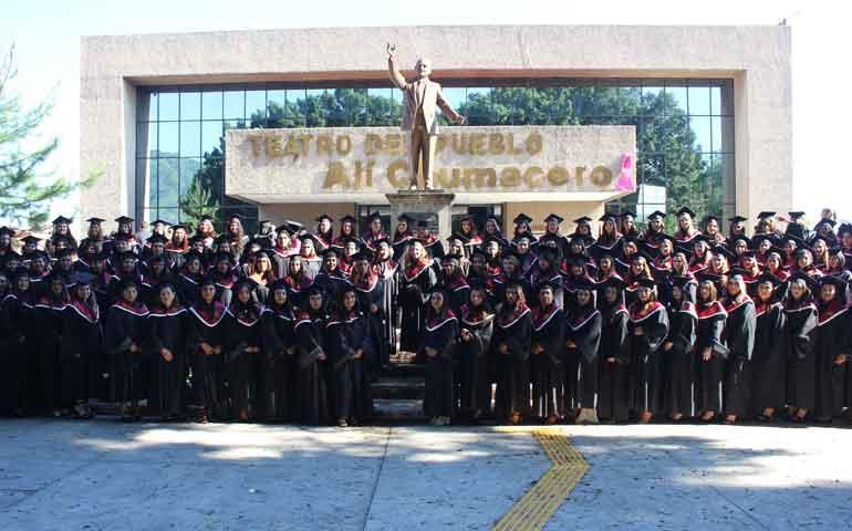 egresa-la-generacion-2015-2018-de-la-universidad-vizcaya-de-las-americas11