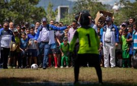 inauguro-el-tono-echevarria-tradicional-torneo-de-futbol-de-aficionados