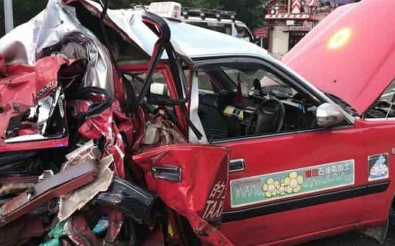 accidente-de-autobus-deja-5-muertos-y-31-heridos-en-hong-kong