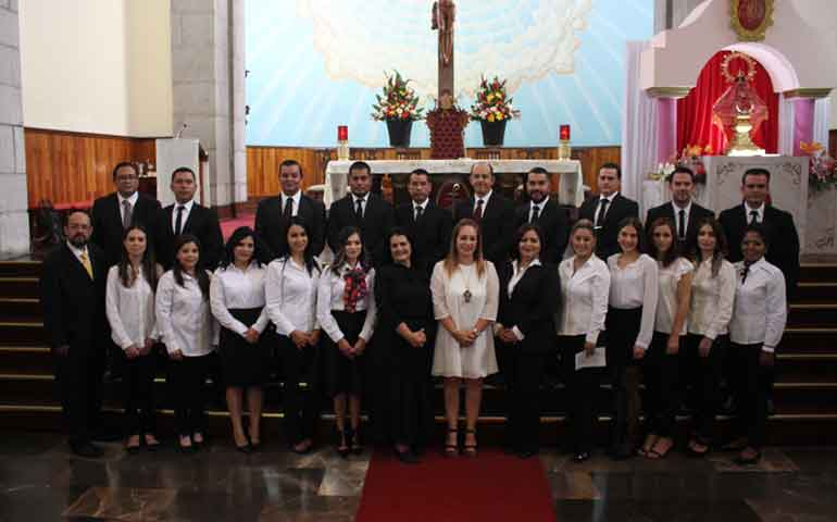 celebra-univa-tepic-graduacion-de-maestriase11