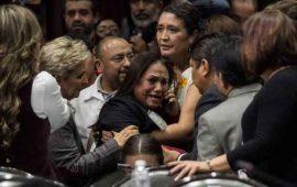 en-plena-sesion-notifican-a-diputada-el-asesinato-de-su-hija