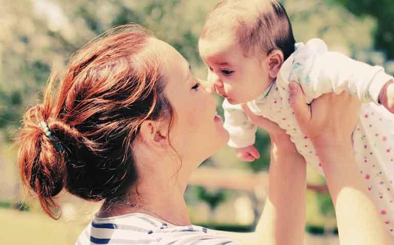 los-bebes-tienen-una-relacion-unica-con-sus-tias-pues-son-como-una-segunda-madre