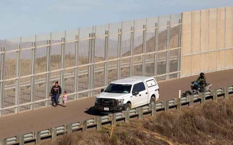 destruiran-santuario-de-mariposas-en-texas-por-muro-fronterizo